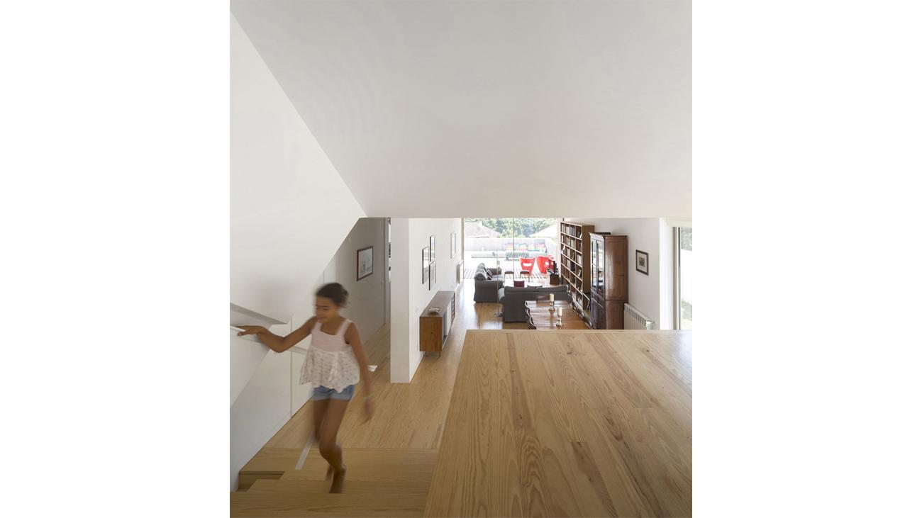 10_Caxias House