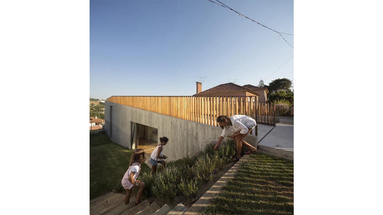 2_Caxias House