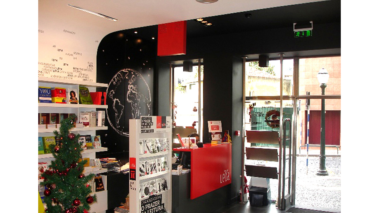 2_Leya bookshops